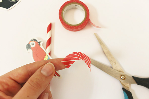 DIY Straw decorations
