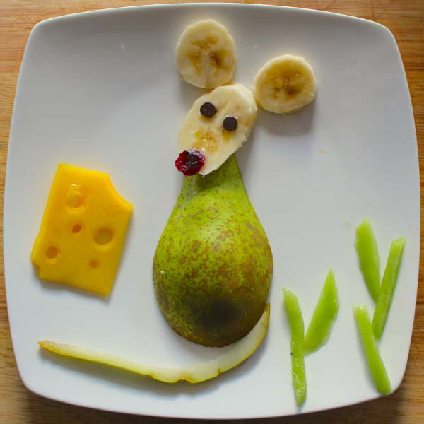 Food art mouse and cheese