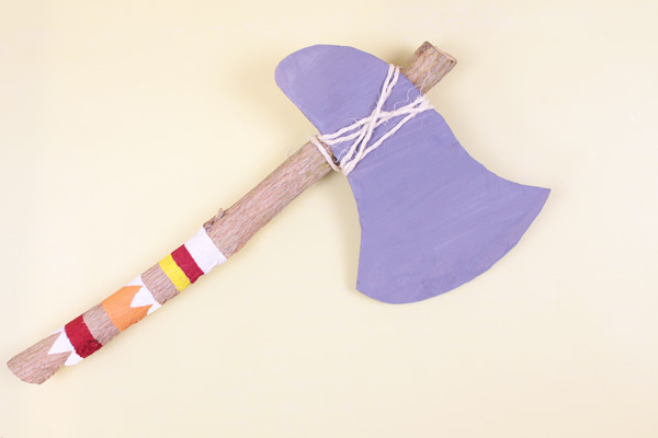 DIY for Kids: Indian Tomahawk Axe
