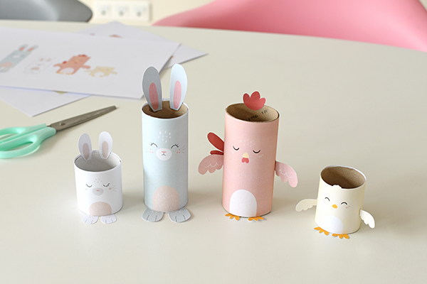 A pretty and quick Easter egg holders for the table!