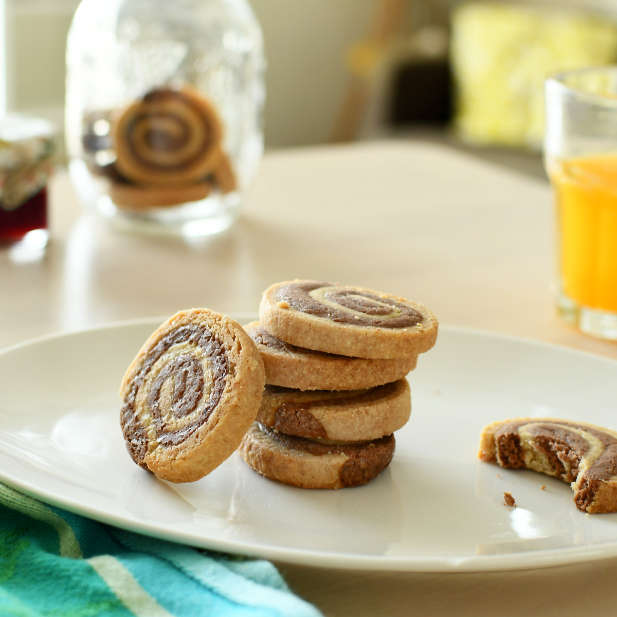 For a snack, opt for a delicious homemade choco-spiral shortbread recipe!